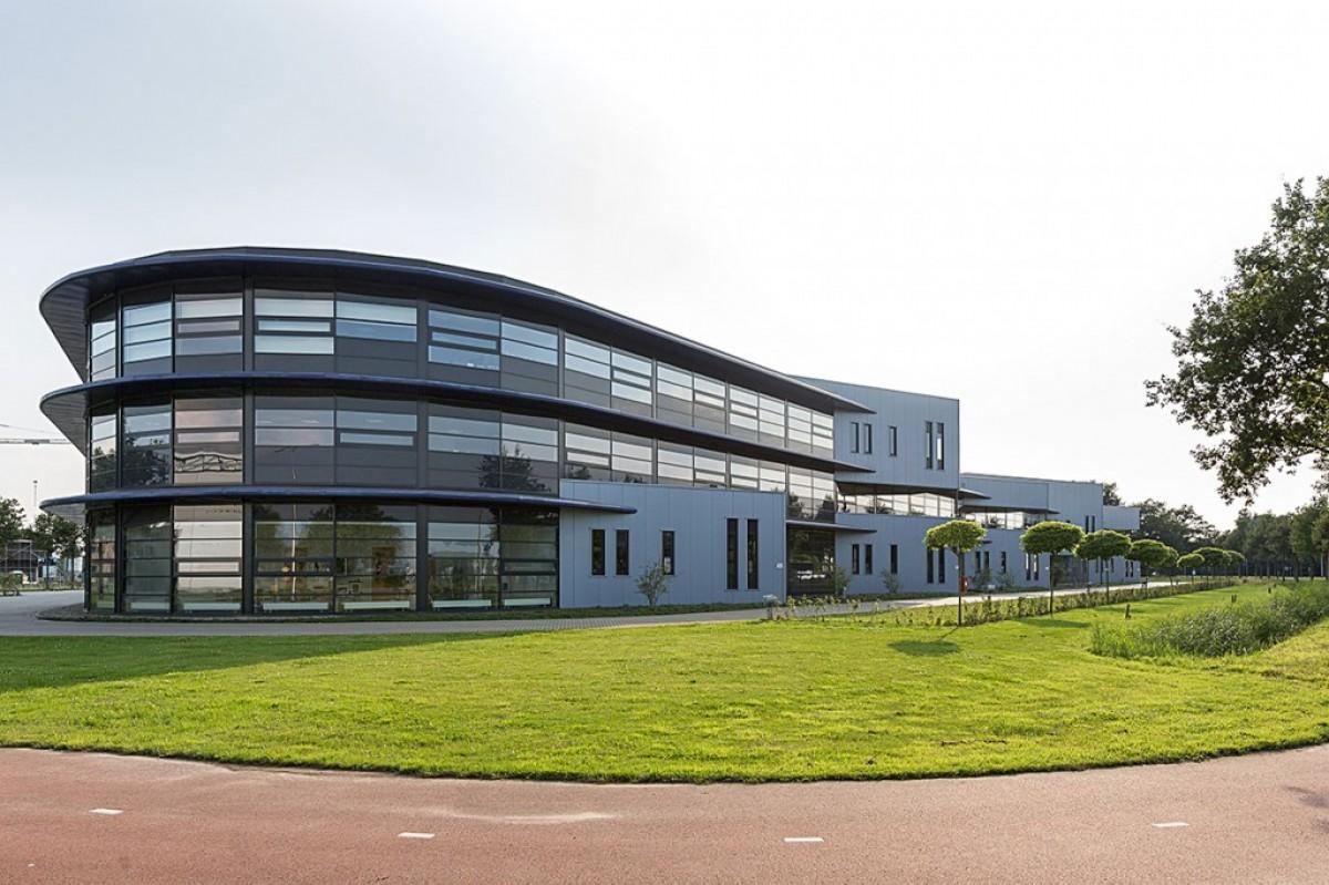 bedrijfshuisvesting Electromach te Hengelo